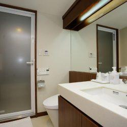 Fukuoka hotel Toei hotel bathroom