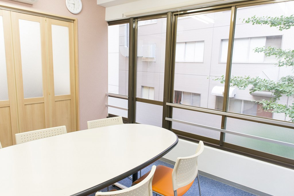 tokyo-school-classroom4.jpg