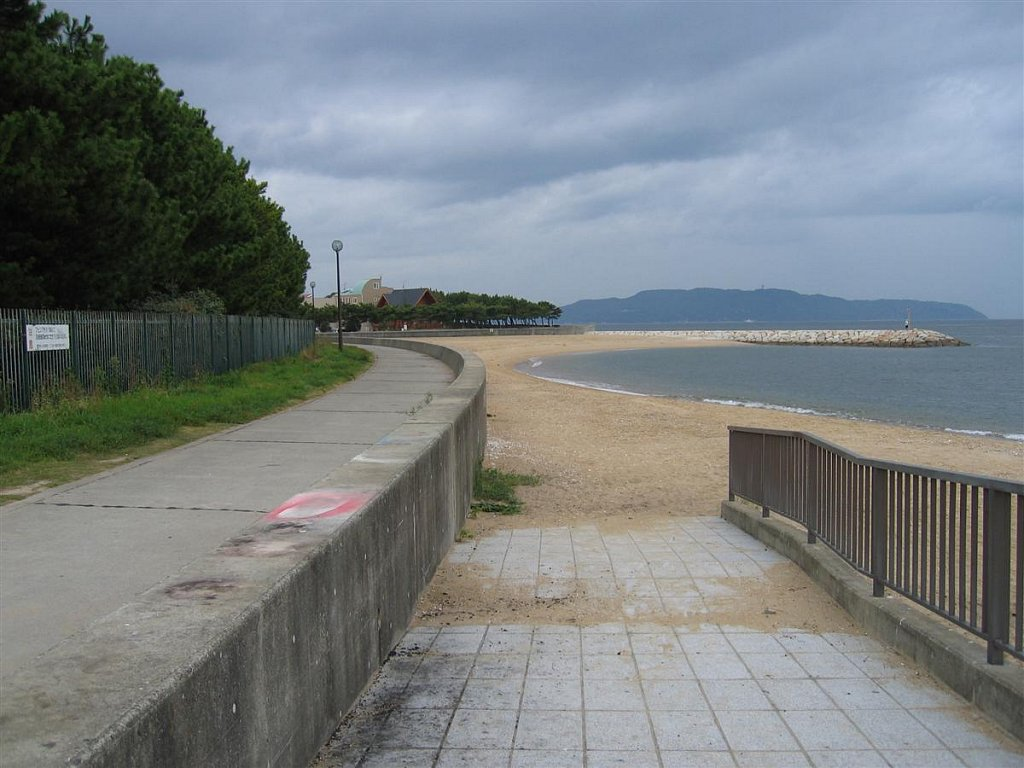 Fukuhama-Beach0012-Custom.JPG