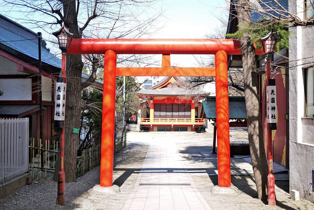 tokyo-shinjuku-city-hanazonoshrine6.JPG